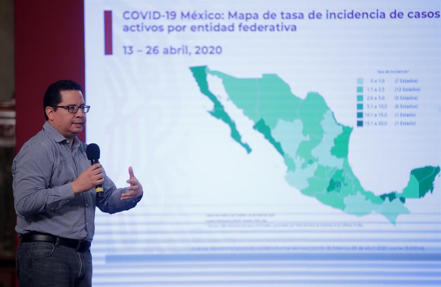 """México reporta 14.677 casos de COVID-19 pero """"estable"""""""
