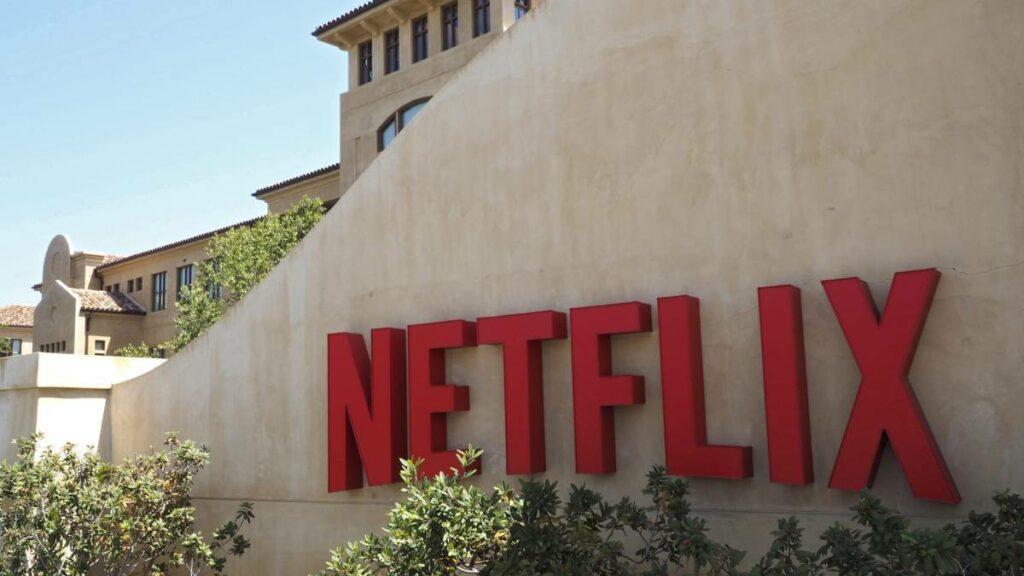 Netflix gana 16 millones de abonados en plena pandemia