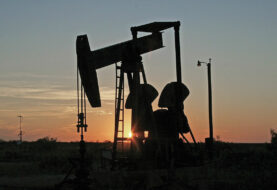 Petróleo de Texas se desploma un 9,29 % por reunión OPEP