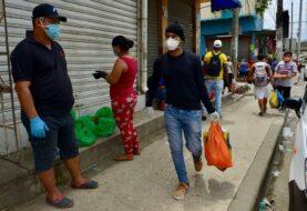 Ecuador investiga sobornos por cadáveres y roza los 5.000 contagios