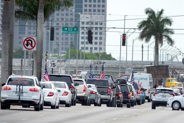 Más de 700 nuevos casos y 80 muertes de COVID-19 en 24 horas en Florida