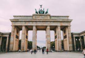 Alemania abre la puerta a un turismo limitado