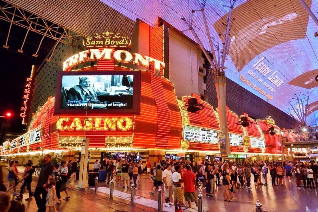 Casinos de Las Vegas abrirán el 4 de junio bajo restricciones