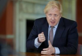 Johnson promete 25.000 rastreadores de contagios en Reino Unido
