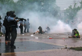 Protestas se recrudecen en Mineápolis por muerte de afrodescendiente