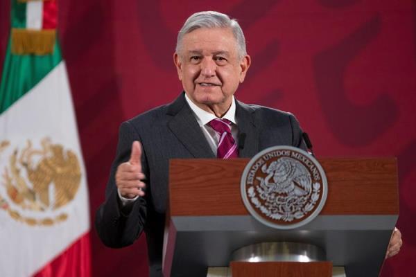 "López Obrador asegura que México ""va de salida"" de la crisis del coronavirus"