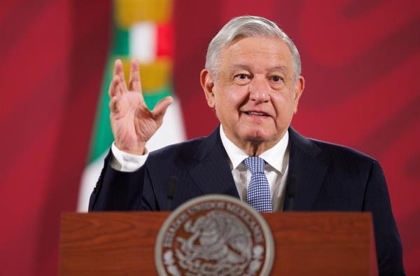 López Obrador asegura que México está en momento más crítico de la pandemia