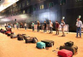 México repatría a 187 ocupantes de crucero varado por la pandemia