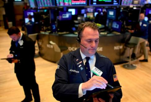 Wall Street cierra mixto y frena ganancias por los datos de desempleo en EEUU