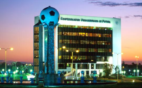 Conmebol analiza protocolos sanitarios a aplicarse para el regreso del fútbol