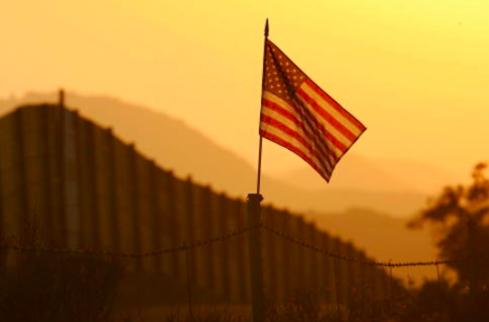 """México considera """"histórica"""" decisión de Supremo de EEUU de no cancelar DACA"""