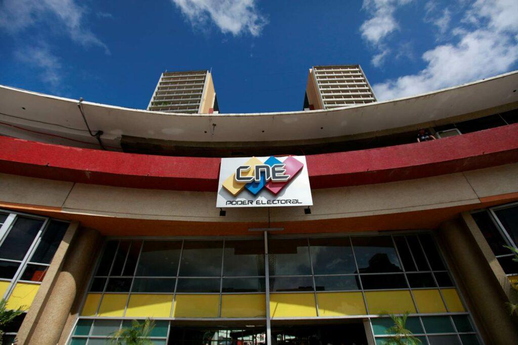 Exilio venezolano pide a Almagro desconocer nuevos rectores CNE
