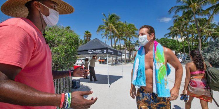 No acatar medidas preventivas es la causa del repunte en Florida