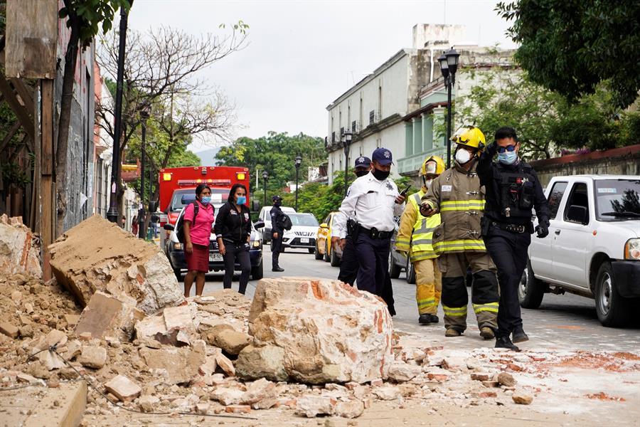 Papa muestra su solidaridad con México después del terremoto