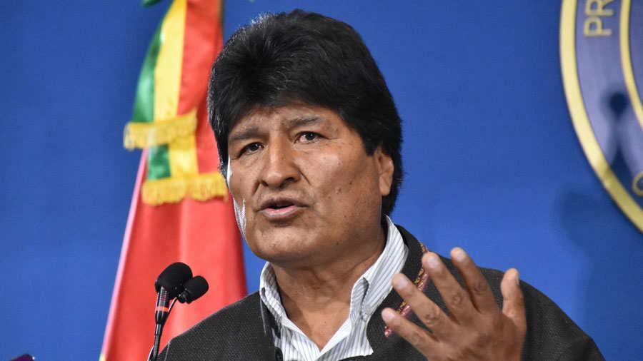 """Ministro boliviano acusa a Evo Morales de """"centenares de muertos"""""""