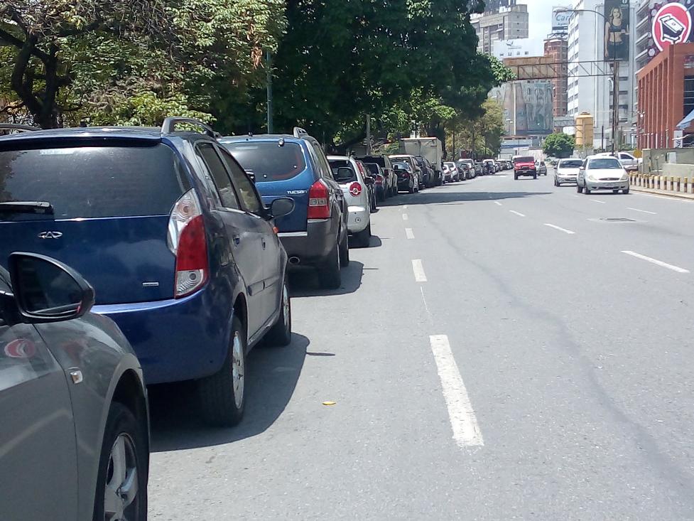 Venezuela reporta muchos fallos en la distribución de gasolina