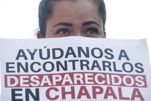 Protestan por desaparición de 8 personas en una ciudad del oeste de México