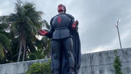 Estatua de Colón es vandalizada y decapitada en varias ciudades de EE.UU.