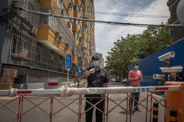 Pekín amplía restricciones ante el temor a una propagación masiva del brote