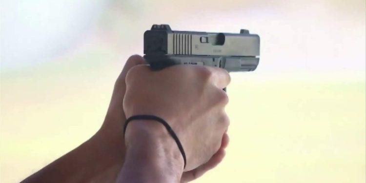 Alguacil de Florida amenaza con permitir a civiles armados parar protestas