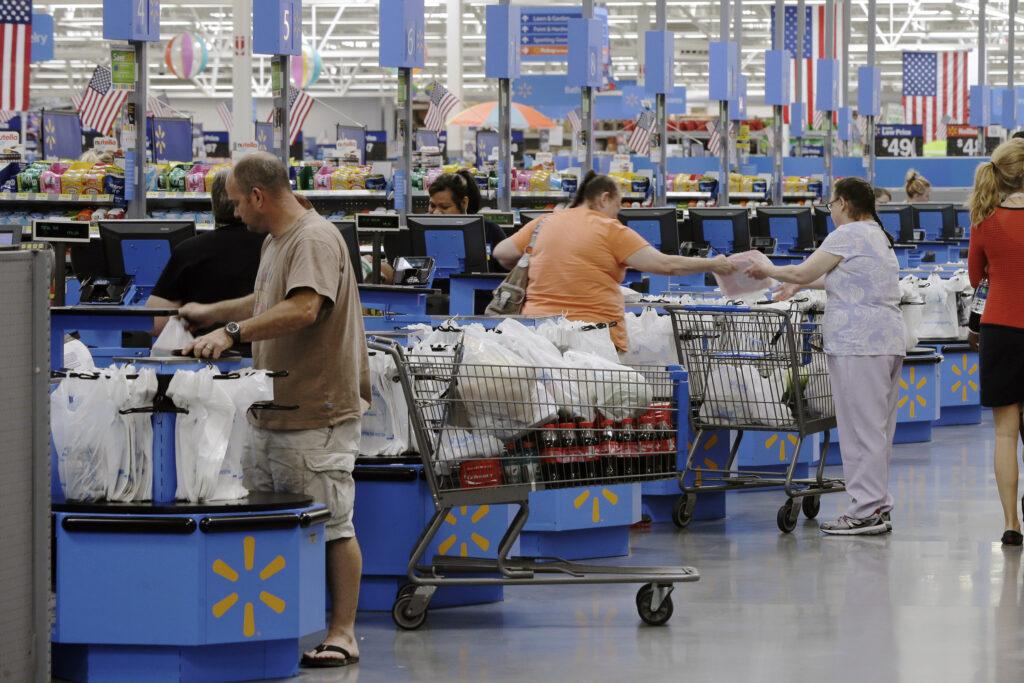 Aumentan la ventas de minoristas de EEUU en junio