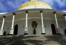 Parlamento de Venezuela aprueba ley para regular recursos en el extranjero