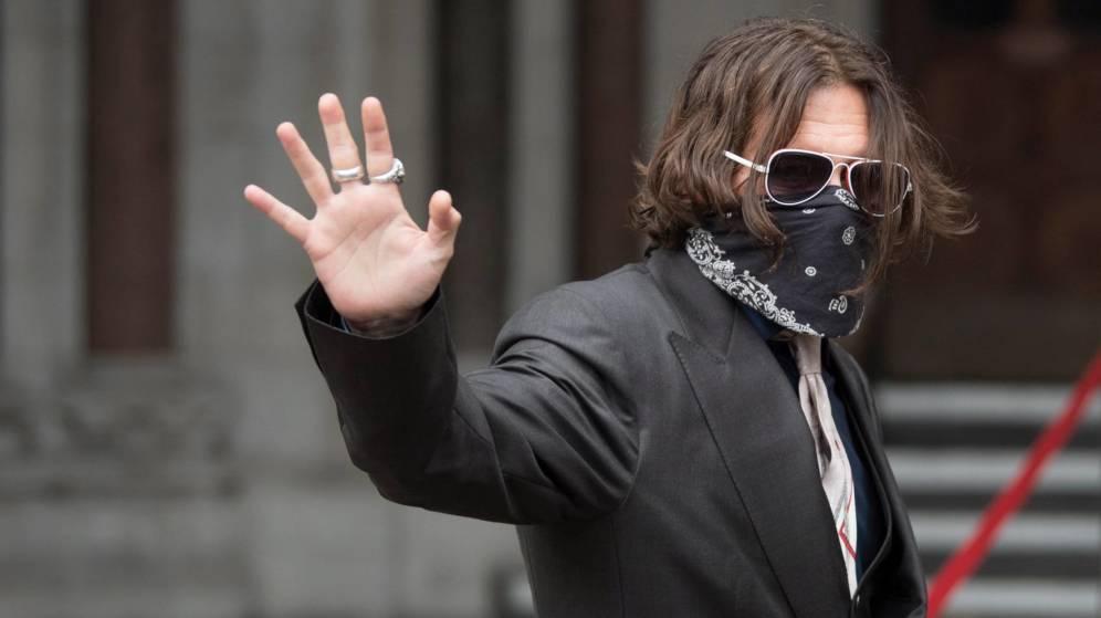 """El juicio por difamación entre Depp y """"The Sun"""", a la espera de dictamen"""