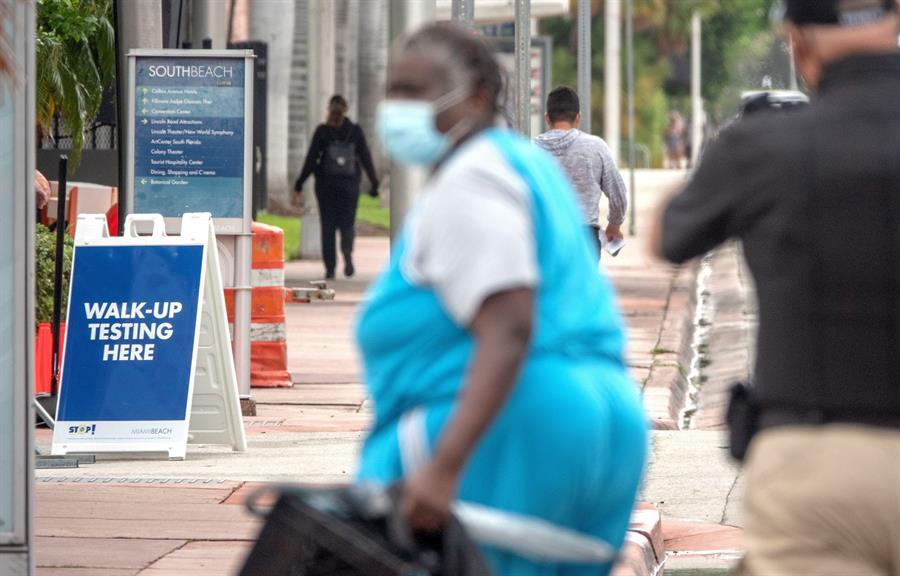 Florida suma más de 9.000 casos, unos 2.900 en Miami-Dade de COVID-19