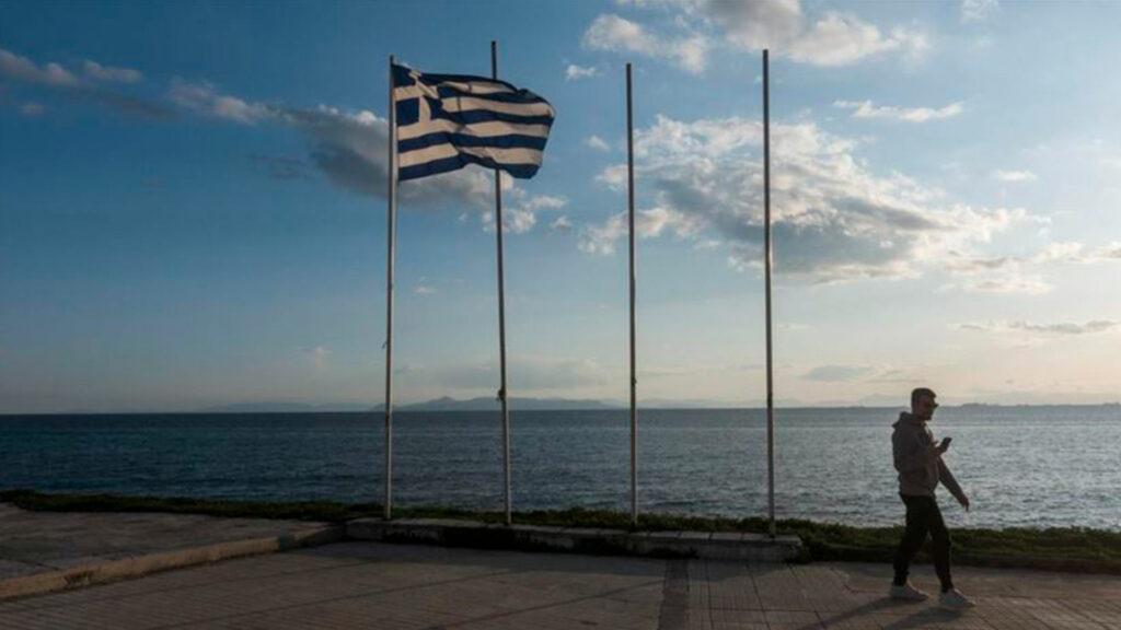 Grecia endurece las medidas ante récord de contagios