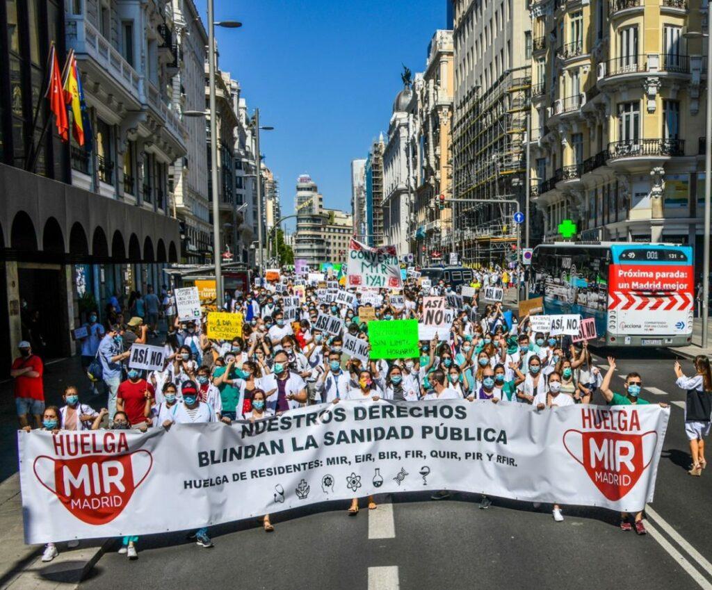 Médicos con especialidad en huelga en Madrid por situación laboral