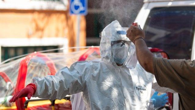 México escala al sexto lugar mundial de muertes por la COVID