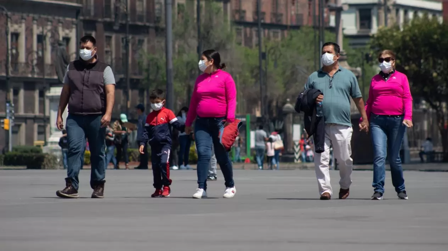 México marca un nuevo récord diario de contagios de COVID-19