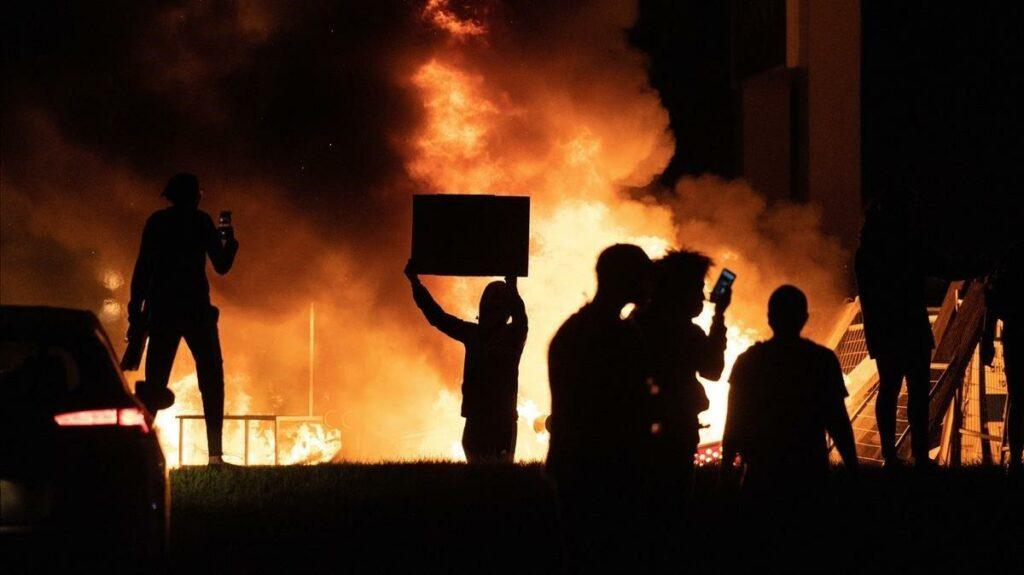 Ola de violencia sacude EEUU en medio de la pandemia y la crisis económica