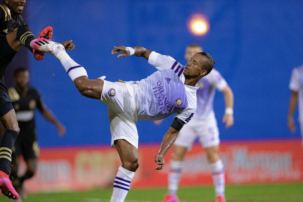 Orlando City consigue un empate y logra el liderato del Grupo A
