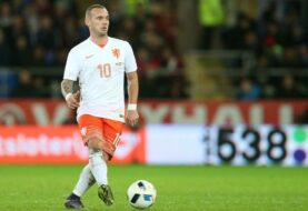 Sneijder se plantea volver a jugar al fútbol con el Utrecht