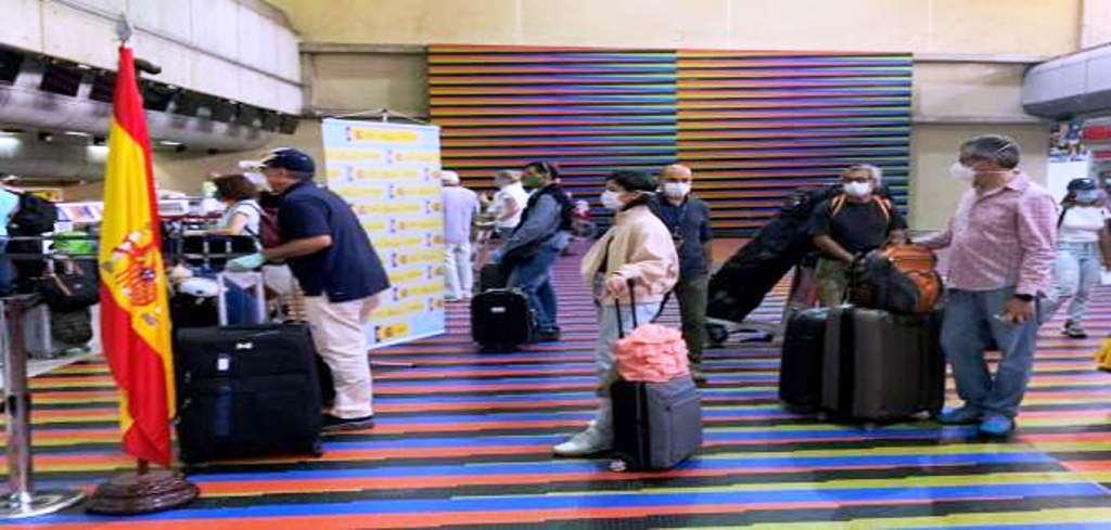 Venezuela autoriza vuelo humanitario a España