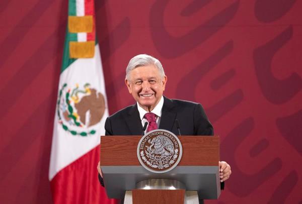 López Obrador afirma que hay dos posibles compradores del avión presidencial