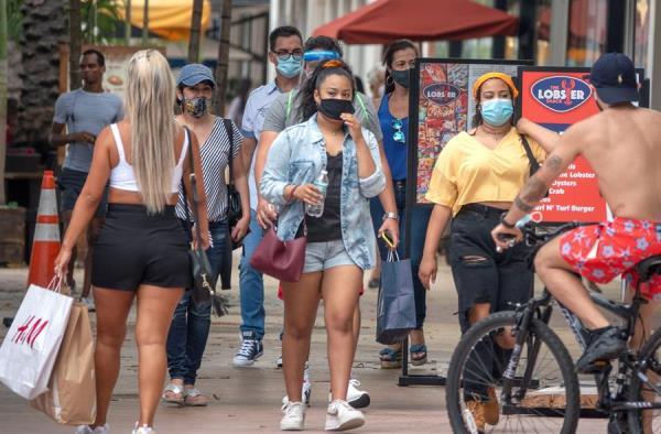 Florida supera los 300.000 casos de la COVID-19 en medio de la preocupación