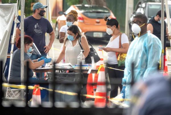 Florida baja de 9.000 contagios diarios por primera vez de COVID-19