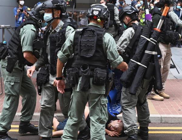 Hong Kong registra los primeros arrestos bajo la ley de seguridad en protesta