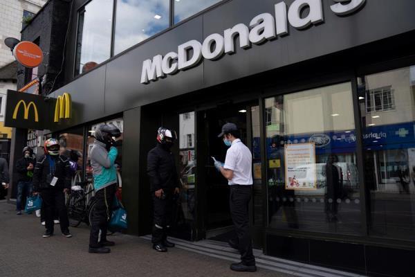 McDonald's requerirá mascarilla en todos sus restaurantes de EE.UU.