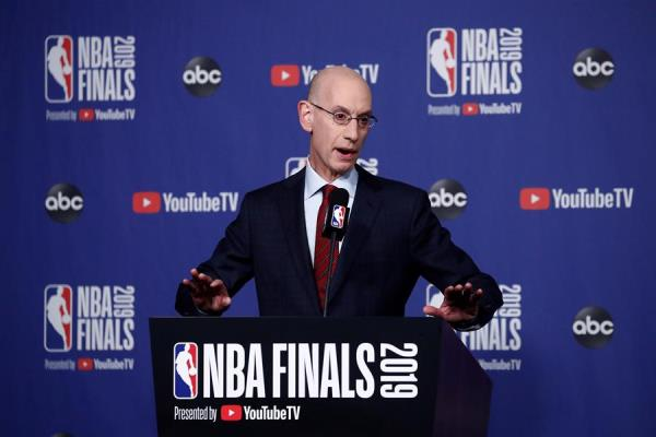 Comisionado NBA preocupado por posibilidad de positivos COVID-19 en Orlando