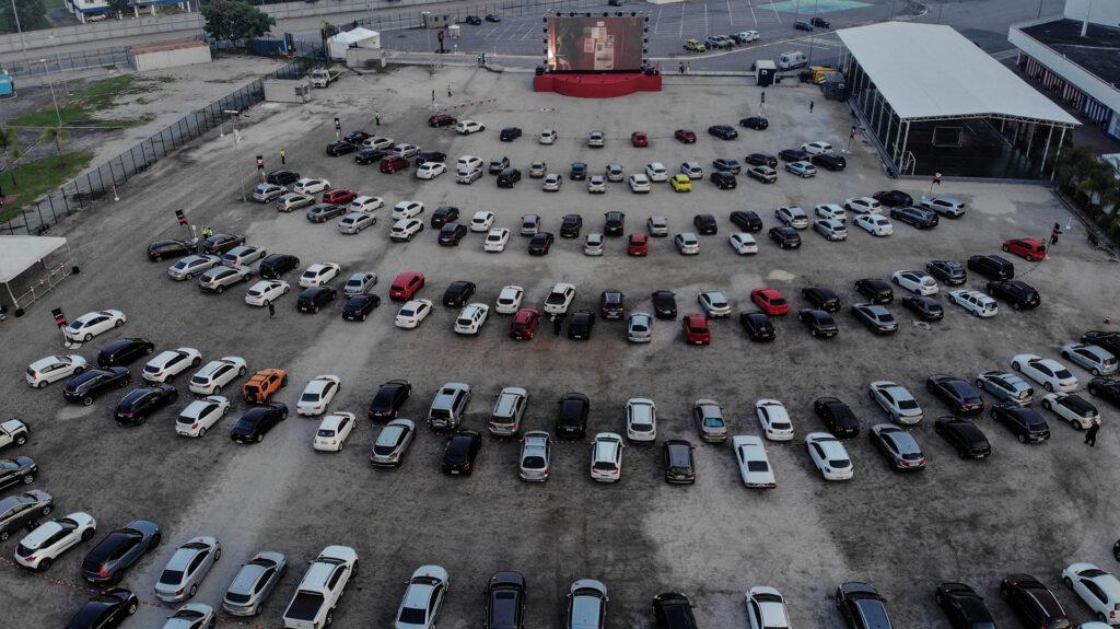 Autocines llegan a México para evadir el aislamiento