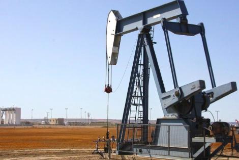 OPEP alerta de que nueva ola de COVID-19 puede frenar recuperación del crudo
