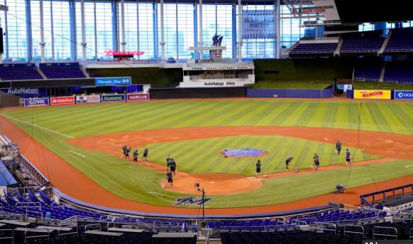 Aplazan los partidos Mets-Marlins y Mets-Yanquis por dos casos de COVID-19