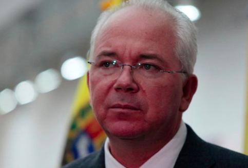 Exministro chavista aboga por una junta patriótica para sacar a Maduro