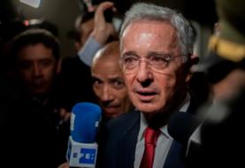Estados Unidos sospechó vínculos de Uribe con paramilitares