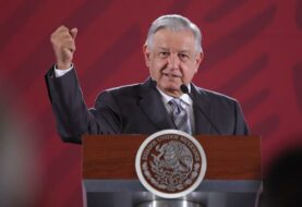 López Obrador defiende al encargado de estrategia contra la COVID