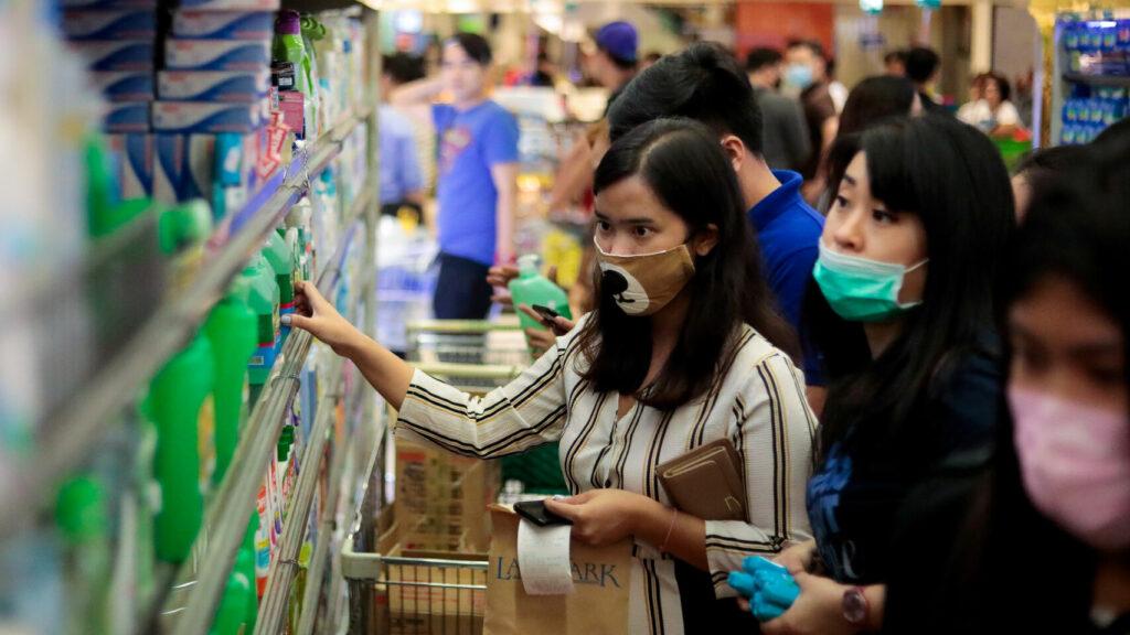 OMS pide no poner esperanzas en inmunidad colectiva para frenar la pandemia