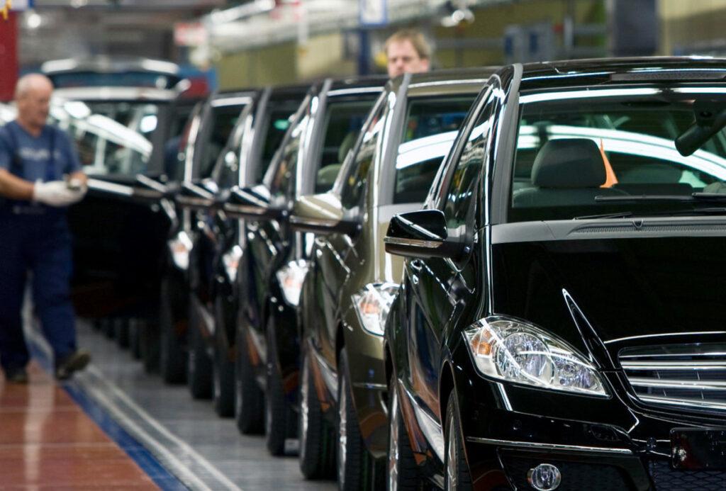 Sector automotor mexicano ve recuperación tras caída de 30 %